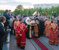 В Павлодарскую епархию принесена великая святыня Православия - Пояс Пресвятой Богородицы